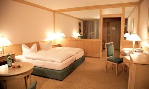 hotel-leonardo-room